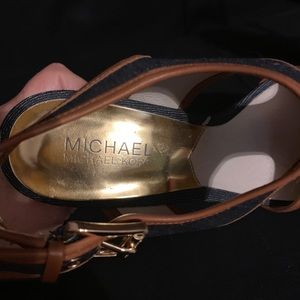Michael Kors size 8 shoe